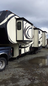 Luxurious 5th wheel  Vacation unit or instant cabin