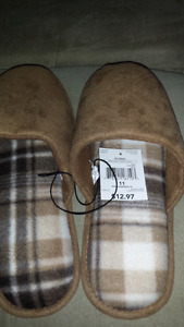 slippers size11