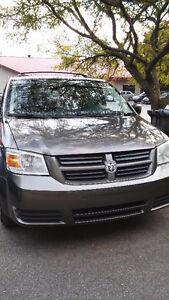 2010 Dodge Grand Caravan (2 kits de pneus inclus*)