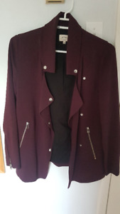 Like new, worn once, Aritzia Wilfred Mayet crepe jacket, XXS