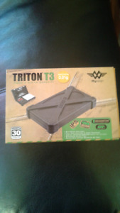 Scale Triton T3 0.01 acc-New not Used rubber case