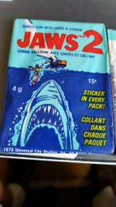 JAWS 2 bubble gum with card and sticker