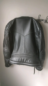 Motorcycle leather jacket size 48