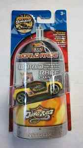 HOT WHEELS WORLD RACE HIGHWAY 35 TOYOTA RSC DUNE RATZ #24/35