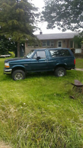 1994 ford bronco xlt 4x4  will trade for a sled or tent trailer