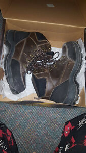 Mens Work Boots, worn once, size 12