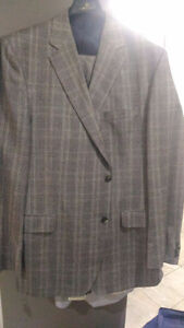 3 very rarely used suits for immediate sale Kitchener / Waterloo Kitchener Area image 3
