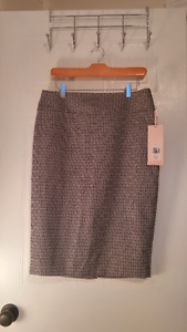Knee-Length Pencil skirt with Geometric Print, NWT