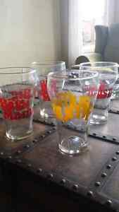 BRIGHTEN UP YOUR BAR WITH THIS SET OF 4 RETRO BEER GLASSES