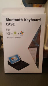 BRAND NEW Bluetooth Keyboard Case for Tablet or IPad