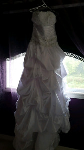 Brand New Wedding Dress size 18