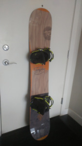 Rossingol Snowboard 155cm **with NEW bindings**