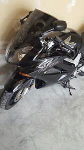 Honda VFR 800 Motorcycle