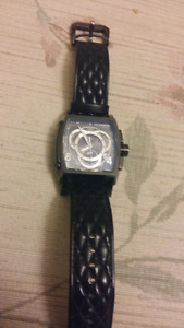Invicta watch like new! Black leather tachymeter