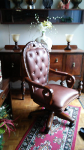 REAL TUFTED LEATHER OFFICE CHAIR