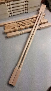 Mixed lot of 8 new solid oak spindlerailing posts