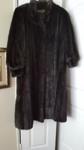 Black Diamond Mink Full Length Coat-  Excellent Condition