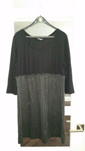 Maternity dresses size Large and X Large $10 ea or lot for $30! London Ontario image 4