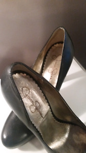 Jessica Simpson size 8 and a half