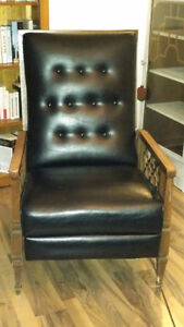 2 fauteuils inclinables style Maurice recliner chairs