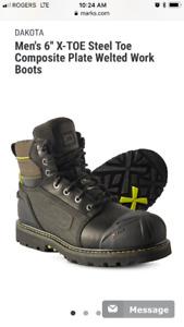 New Men's Dakota work boots size 11