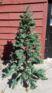$70 OBO Stackable artificial Christmas tree