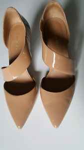 CALVIN KLEIN Glossy Strappy Pumps SIZE 6 *Like New*