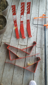 FIXED ROOFING  JACKS
