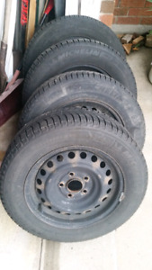 Michelin X ice tires with rims 195/65/15