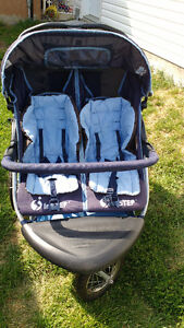 InStep Double Stroller/InStep Pousette Double