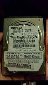 Toshiba hard drive Disque dur 2.5 hhd. ..160gb