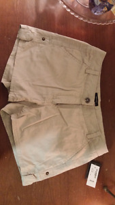 Brand new RW&Co khaki shorts - tags on