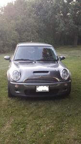 2005 Mini Cooper S for sale.