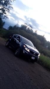 2014 Kia Sportage EX Luxury - Fully Loaded w Nav