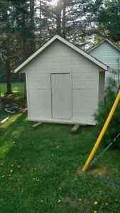 8x8 barn/kids playhouse