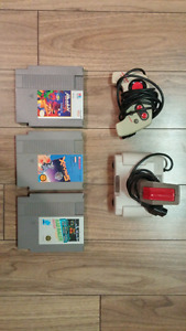 3 Games + 2 Controllers for NES