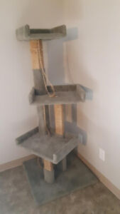 5' cat tree for sale, Hardly used $ 70.00 o.b.o. no delivery ,ca