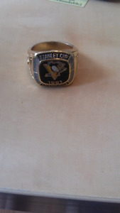Pittburgh Penguins Replica Champion Ring