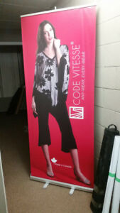 Retractable Banner Stand, free delivery to Mississauga, Oakville