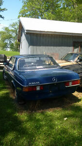 *PARTS* W123 Mercedes 230CE Euro Coupe