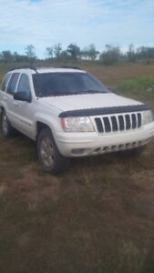 2001 Jeep Grand Cherokee SUV, or Trade $2600 obo not saftied 4x4