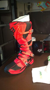 Brand new motocross boots size 13