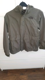 North face boys Coat medium 10-12