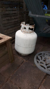 PROPANE TANK (Works or use it as a trade-in)
