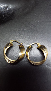 10 Karat Gold Hoop Earrings
