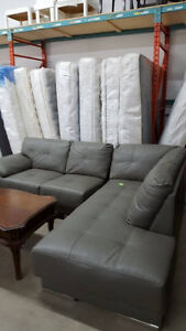 Stunning 2 piece sectional - Delivery Available