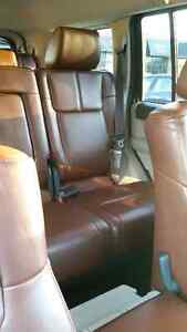 2007 Jeep Commander Limited SUV in excellent condition with Hemi Kitchener / Waterloo Kitchener Area image 5