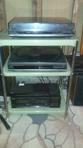 TECHNICS STEREO SYSTEM AND ALBUMS