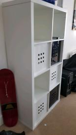 Free storage shelf