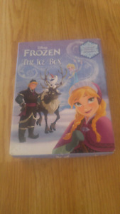 Frozen 4 pack of books 1$